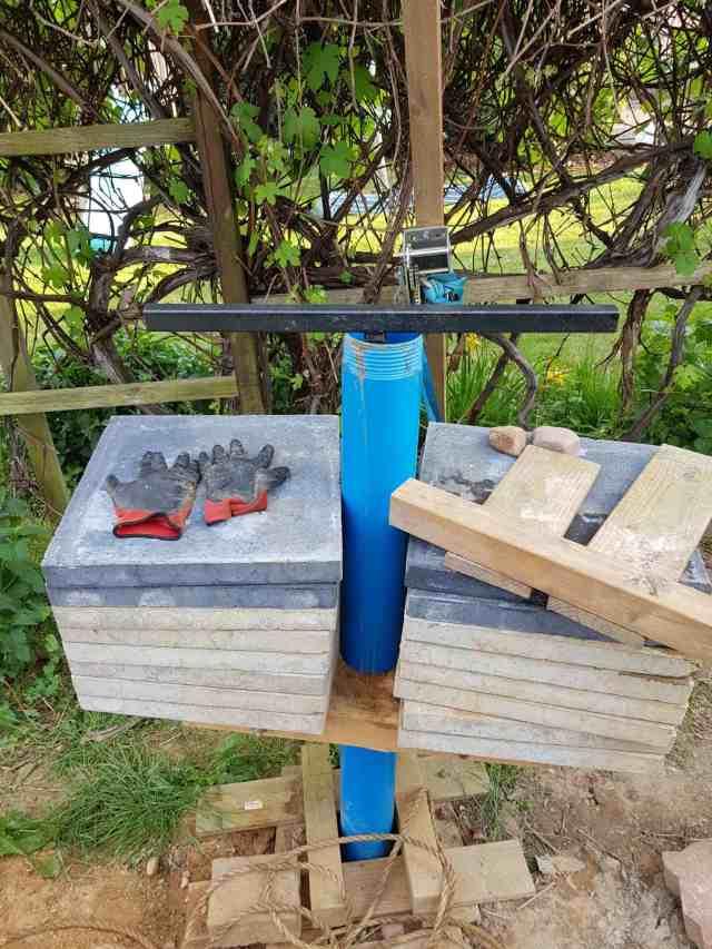 mit dem erdbohrer nachbohren brunnenbau grundwasser suchen