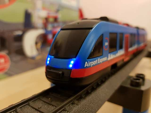 Märklin Airport Express Zug Triebwagen my world