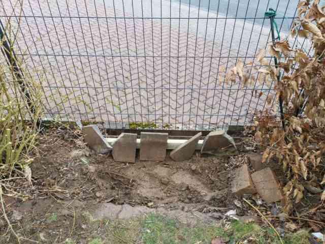 Einbau eines Gartentores Vorbereitung