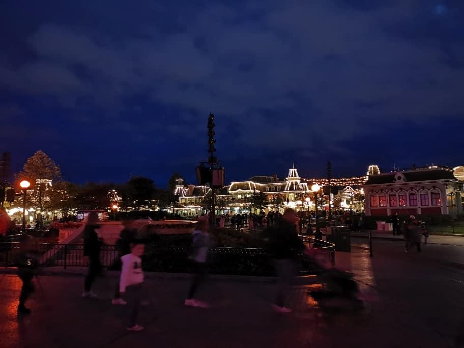 Nachts im Disneyland
