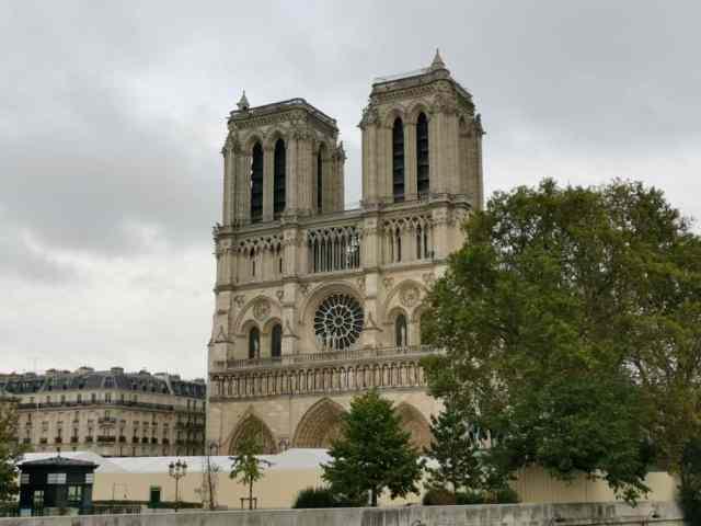Notre Dame nach dem Brand
