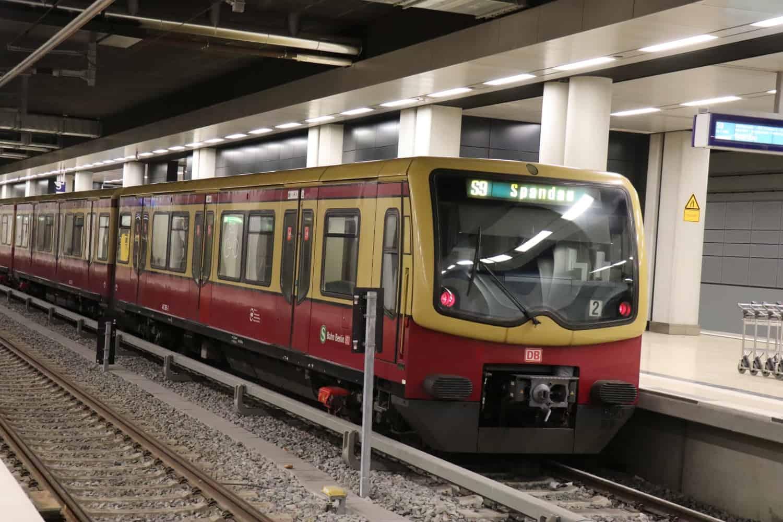 Bahnhof BER