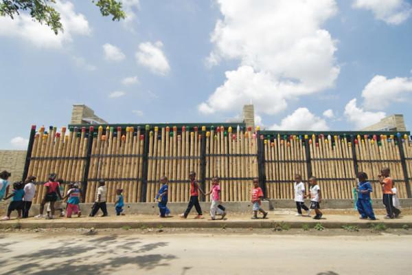 escola-colombia-bambu8-e1411115403784