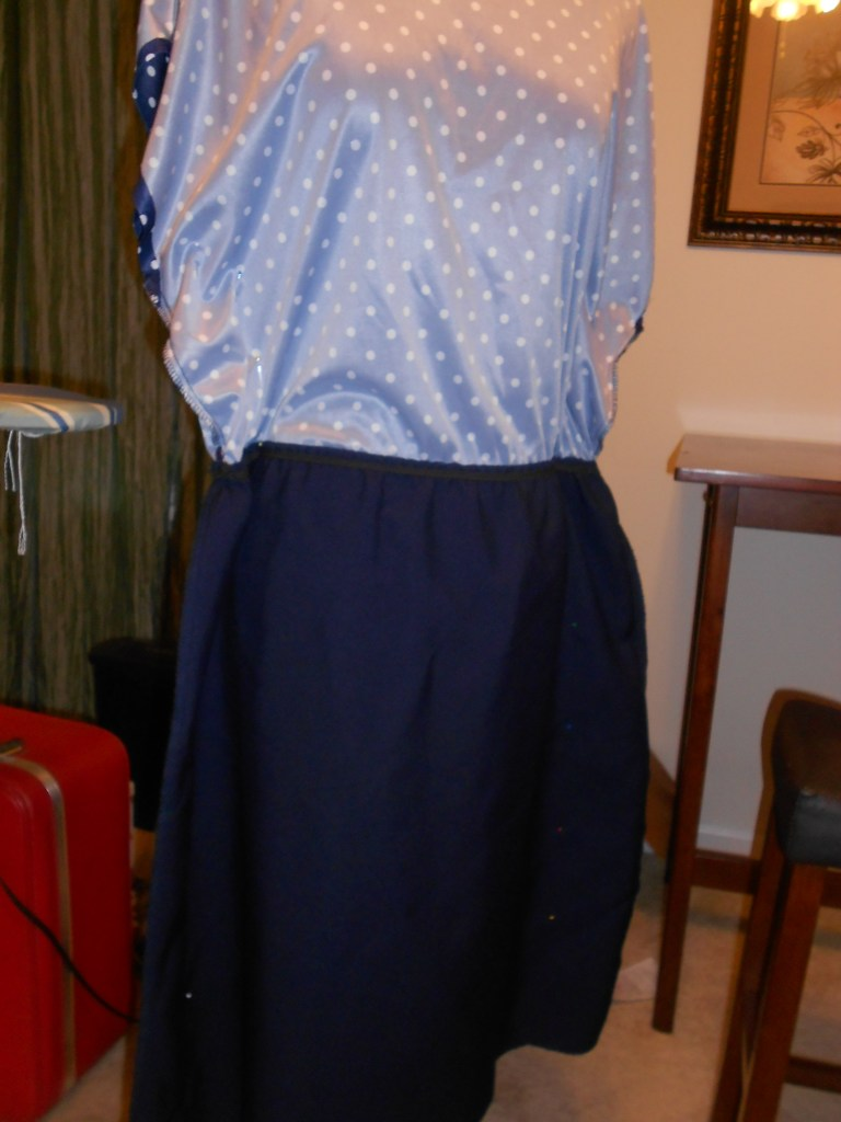 Day 293: Polka Not Dress: How to (Easily) Take in a Thrift Store Dress Using a Dress Form 1