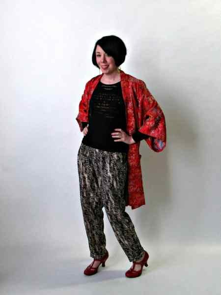 I <3 wearing kimonos as jackets.