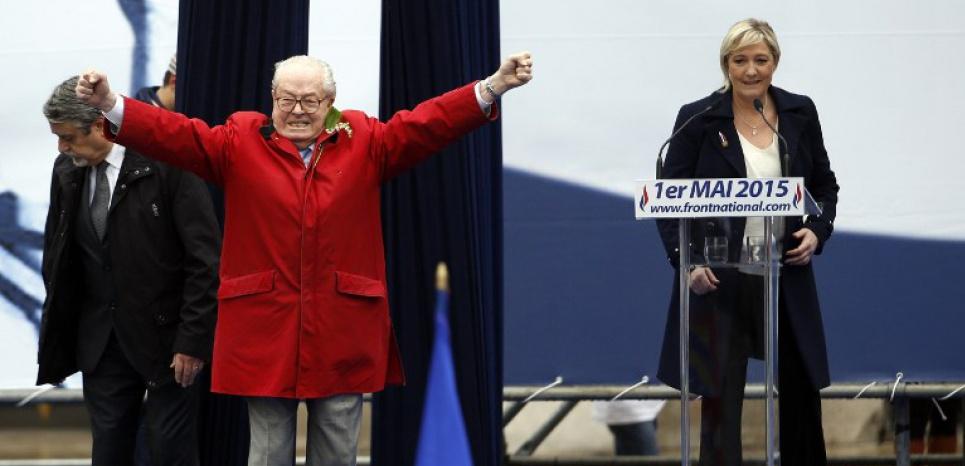 Le discours de Marine Le Pen n'a pas été perturbé que par les Femen. (KENZO TRIBOUILLARD/AFP)