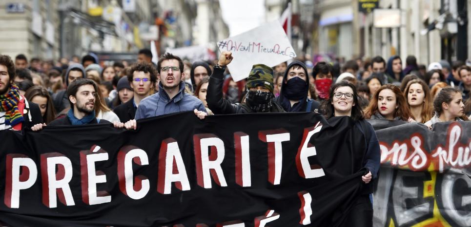 """Loi travail : """"chemin de croix"""", """"suicide politique""""... la presse sévère avec François Hollande"""