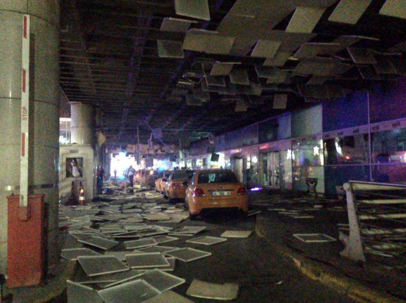DIAPORAMA. Triple attentat-suicide à Istanbul.