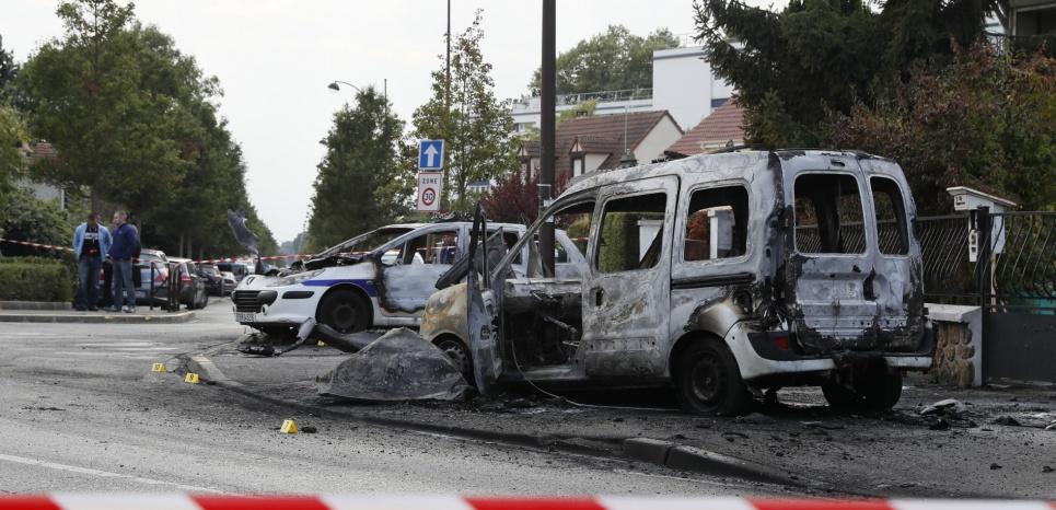 Viry-Châtillon : une patrouille de police attaquée, deux policiers grièvement brûlés