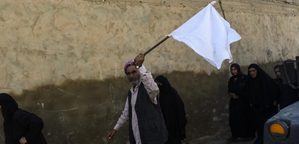 """Bataille de Mossoul : """"Il n'y a pas de vie sous l'EI. Il n'y a que la mort"""""""