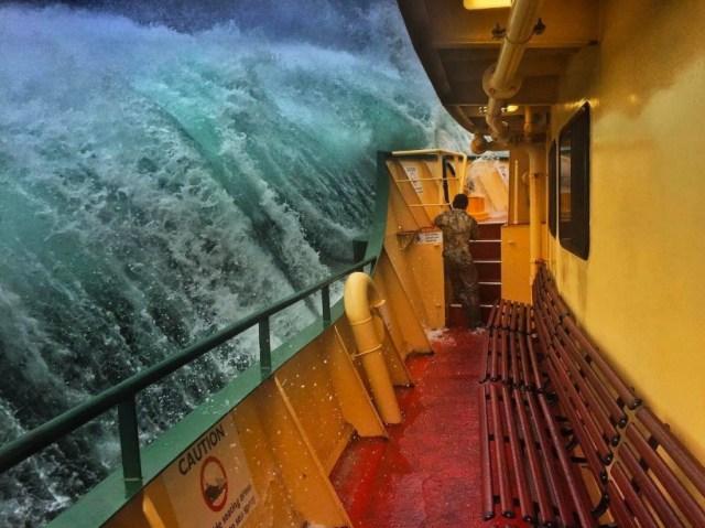 24 heures en images - Photo prise par Haig Gilchrist, ouvrier sur le ferry Manly, lors d'une tempête près de Sydney.