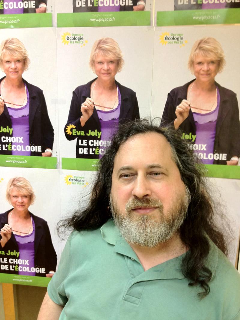 Richard Stallman, père du logiciel libre, dans le QG de campagne d'Europe-Ecologie-Les Verts (Boris Manenti - Le Nouvel Observateur)