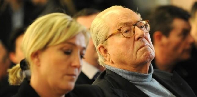 Marine Le Pen et Jean-Marie Le Pen (SIPA)