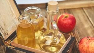 5 Reasons Apple Cider Vinegar Should Be In Your Haircare Regimen
