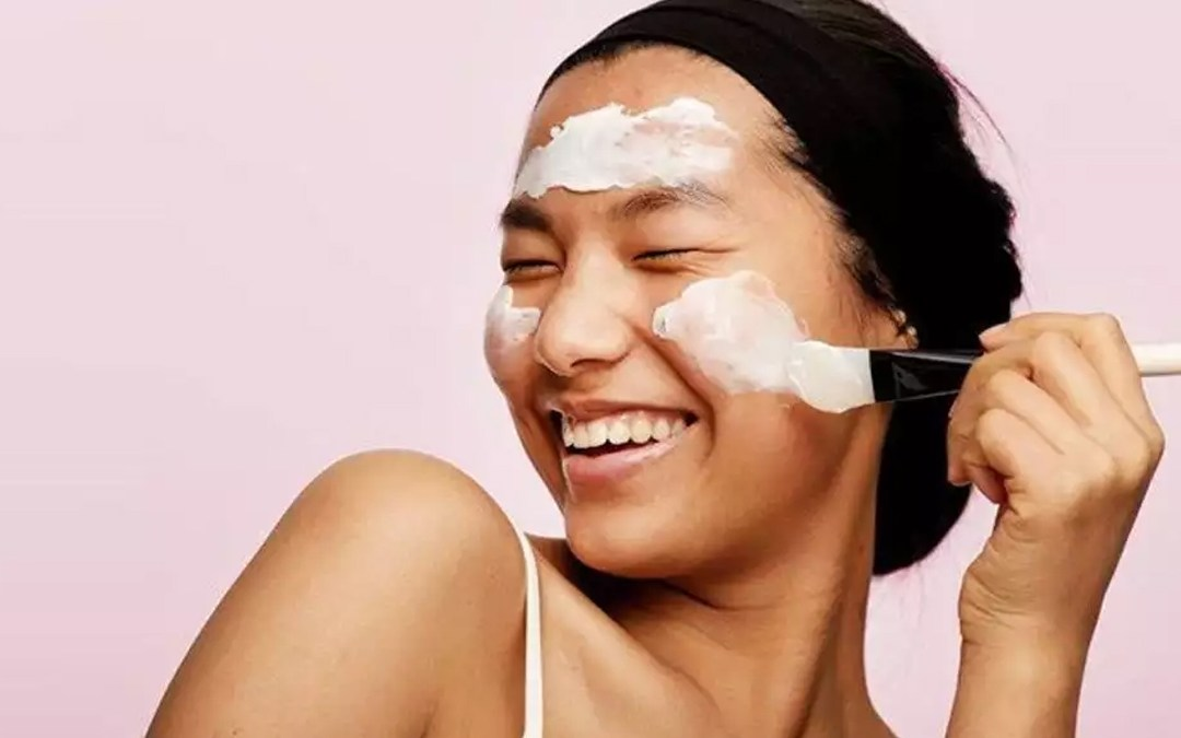 5 Natural Ways To Beat Acne & Get Clearer Skin