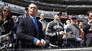Michael Bloomberg Baseball Fan (UPI)