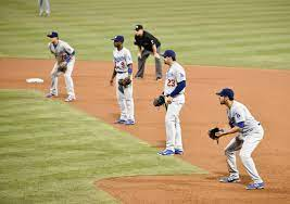 MLB: Ridiculous? Of course, but it's a manager's decision