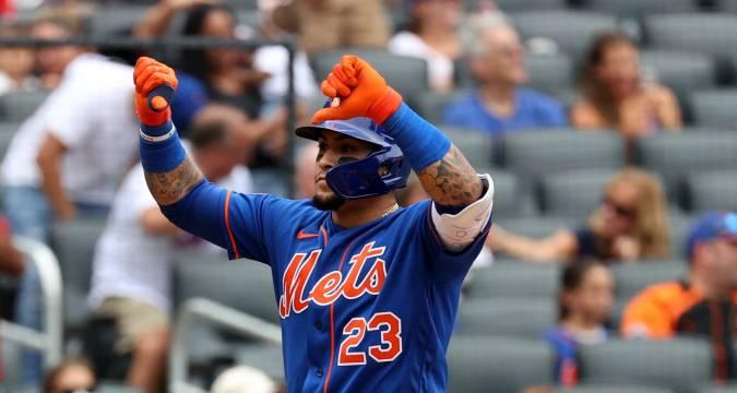 Mets Javier Baez Thumbs Down Gesture (NY Post)
