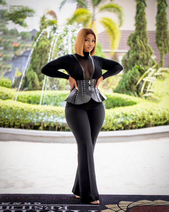 Tacha New Photo: Fan says 'See hips. Wider than some people's career'