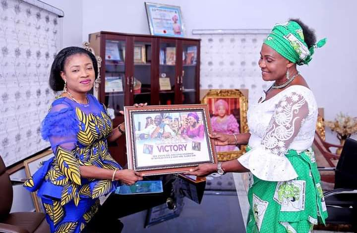 Photo of Women Societies: Bayelsa First Lady, Diri Resolves 8 years Leadership Tussle of State Council