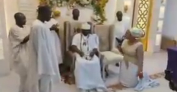 Nigerians React As Ooni's Wife, Queen Naomi Prays For More Queens