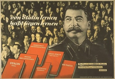 https://i0.wp.com/reflexion.blogsport.de/images/stalin1950.jpg?resize=375%2C258