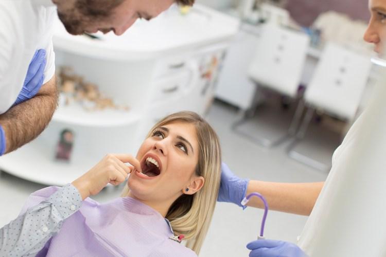 Reform-Dentistry-Implant-Dentistry-service