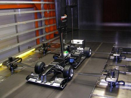 Lotus_F1_Racing_wind_tunnel_model_C (1024x768)