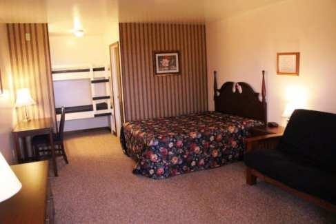 Lodge Room_Retreat