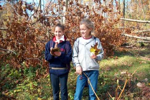 Nature-Discovery_Kids_School Groups_Fall