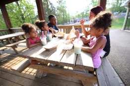 girls food cafe summer kingdom