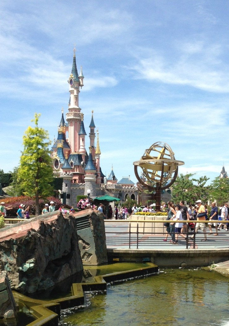 Our family fun day at disneyland paris 2015!