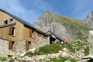 refuge Les Estagnous et le Mont Valier
