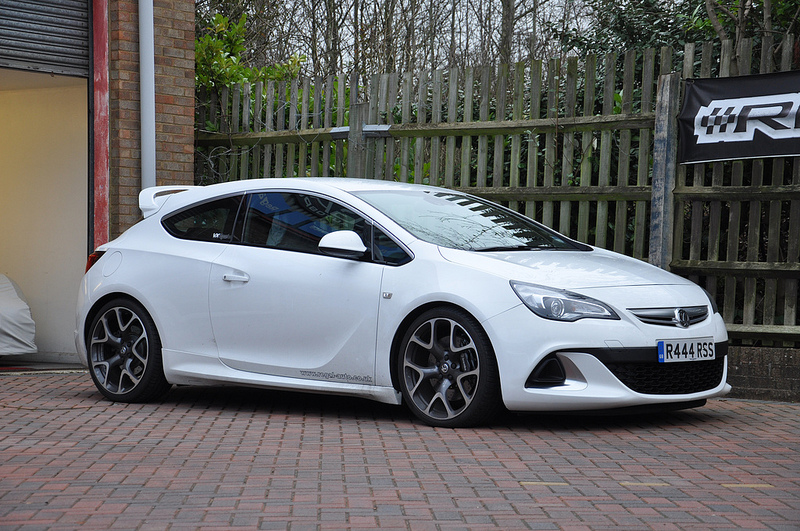 EIBACH PRO-KIT LOWERING SPRINGS FOR VAUXHALL ASTRA GTC J