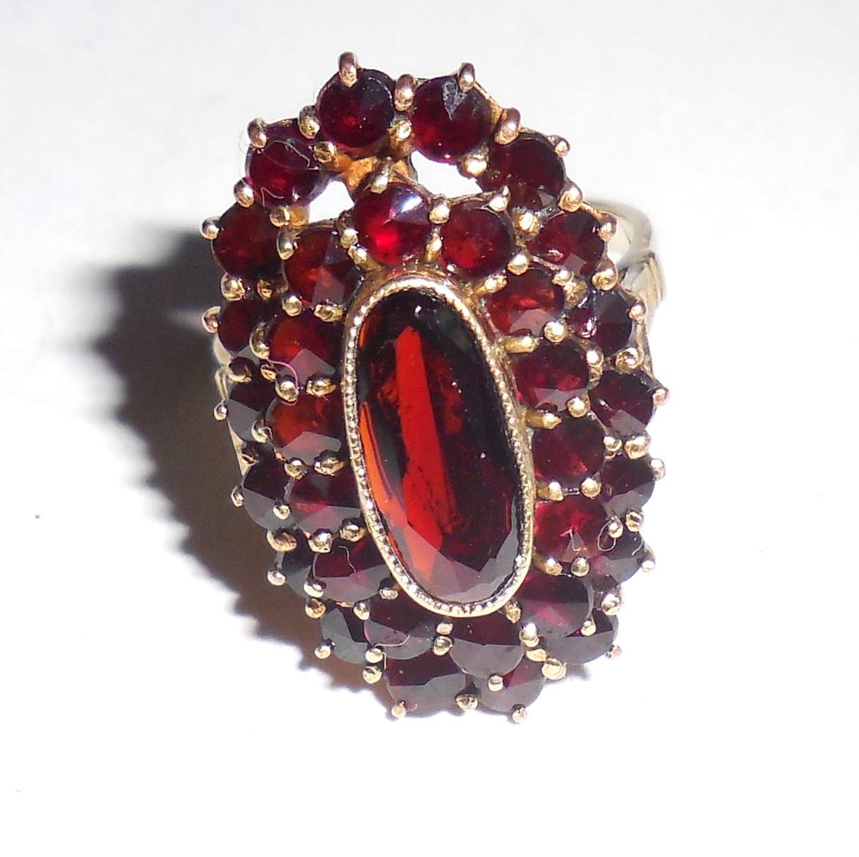 Antique Art Deco 14K Gold Bohemian Garnet Ring 51CTS