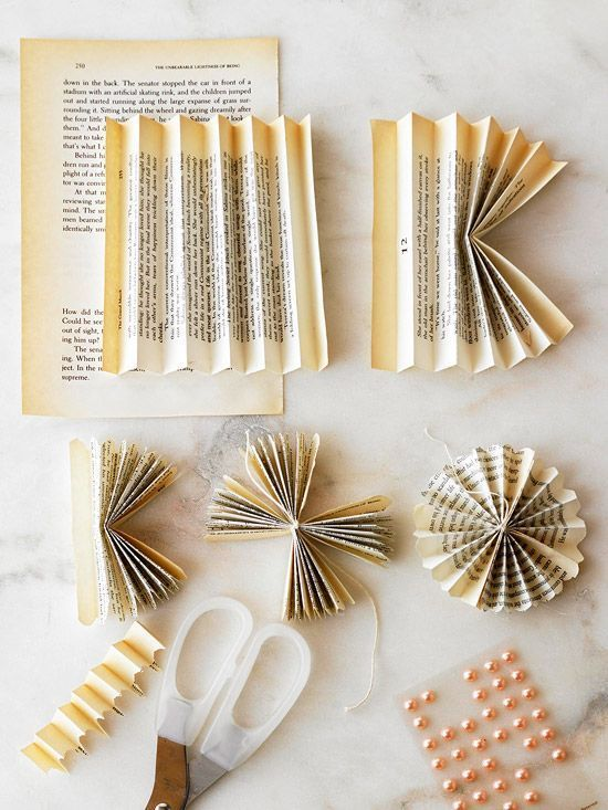 Adornos de navidad reciclados de viejos libros regalo y fiesta Adornos reciclados para navidad
