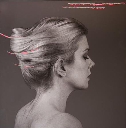 Photo en Noir et Blanc peinte avec beaucoup de matière