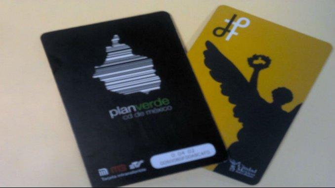 Alertan por recargas ilegales en Facebook de  tarjetas de Metro y Metrobús