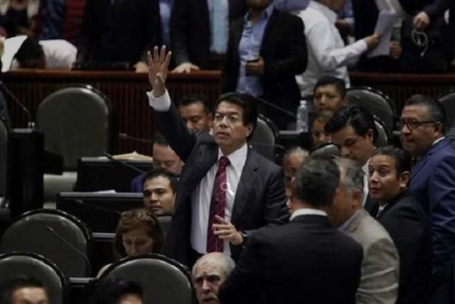 diputados mario delgado - Morena reconoce postura de AMLO ante conflicto en Venezuela
