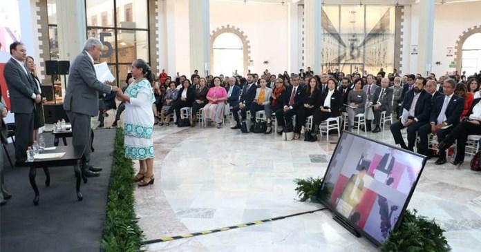 AMLO anuncia 8 acciones de pacificación nacional en clausura de Foros Escucha