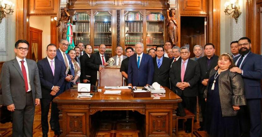 AMLO se reunió con pastores evangélicos porque México es plural - AMLO se reunió con pastores evangélicos porque México es 'plural'