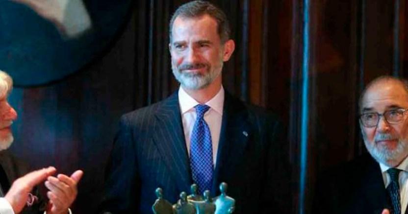 Argentina premia al rey de España por ser promotor de paz - Argentina premia al rey de España por ser 'promotor de paz'