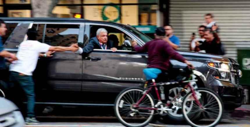 amlo camioneta - Convoy de AMLO Presidente sufre accidente rumbo a SLP