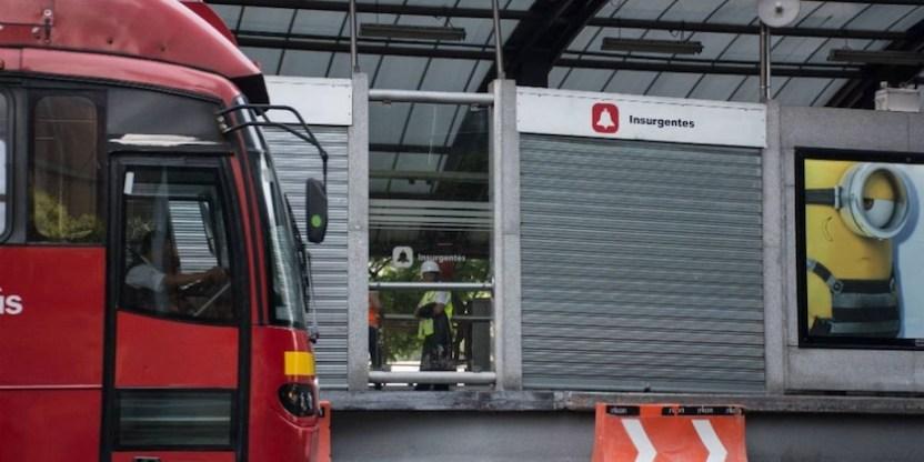 muere metrobus insurgentes - Muere una persona en estación Glorieta de Insurgentes del Metrobús