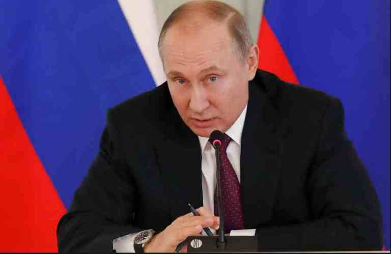 Vládimir Putin expresó su simpatía por Assange desde 2010