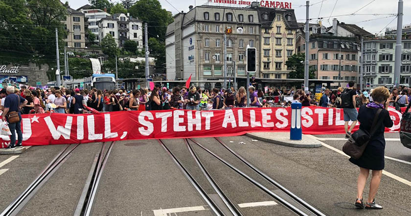 Marcha 444 - Mujeres de Suiza marchan para exigir trato igualitario laboral