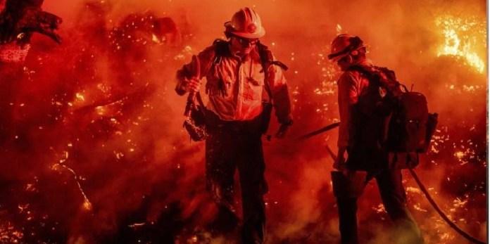 Trump amenaza recortar ayuda a incendios