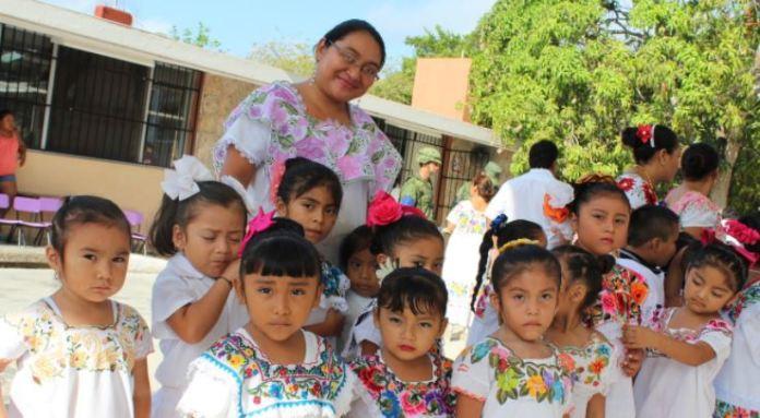 Enseñar lengua maya en primaria y secundaria será obligatorio en Yucatán