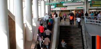 Metro sustituye escaleras eléctricas
