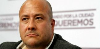 Le quedan mal a Enrique Alfaro, no llegan pruebas de Covid